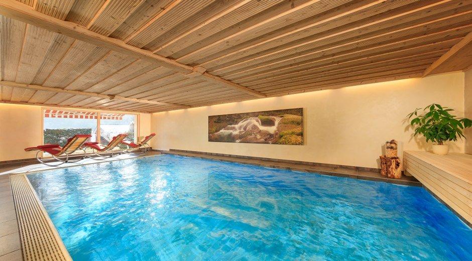 pool-krone-neu-panorama-klein