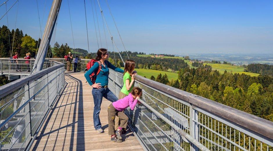 Skywalk Allgäu mit Blick auf die Allgäuer Landschaft