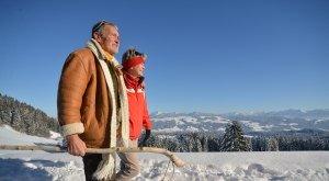 Winterwandern im Westallgäu mit Alpenblick